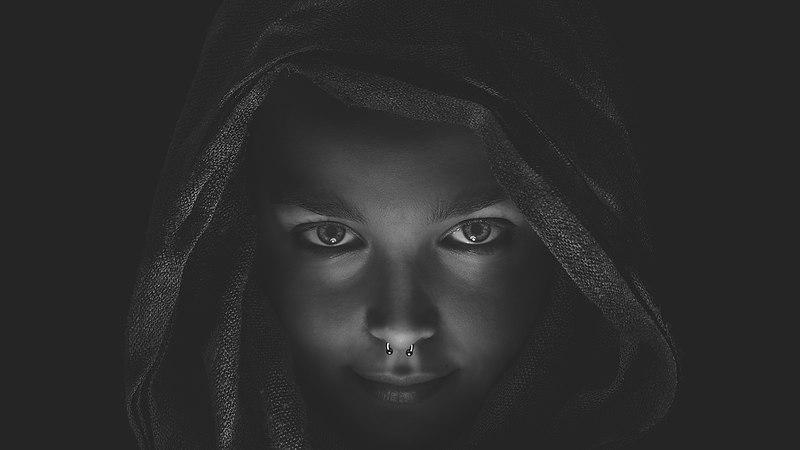 Camera alb-negru